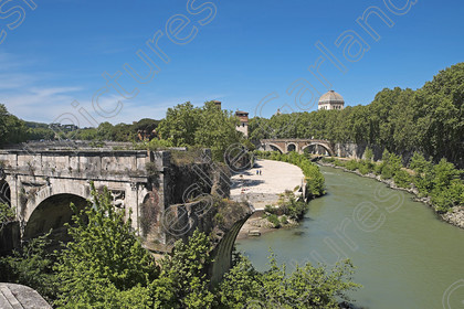 LGP 3733 